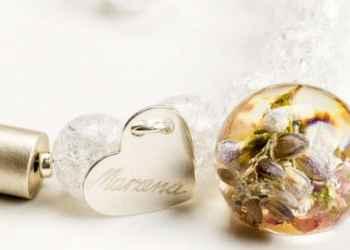 Biżuteria z żywicy z prawdziwymi kwiatami. Zobacz oryginalne projekty!
